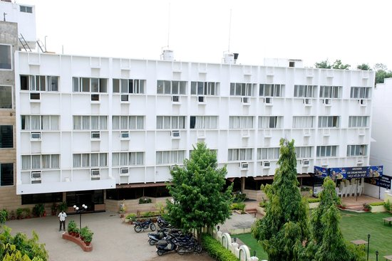Hotel Rajavihar Deluxe