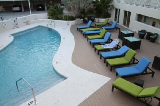 Silver Palms Inn: Piscine