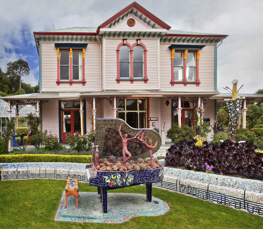 Akaroa, Nya Zeeland: House and Sweet Patootie