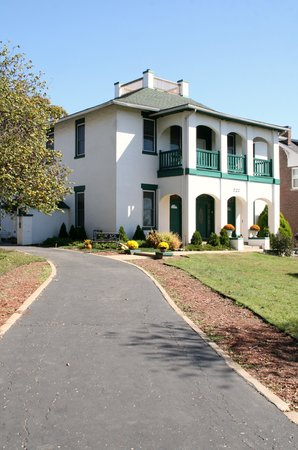 Cliff Manor Bed &amp; Breakfast Inn : Cliff Manor B&amp;B 