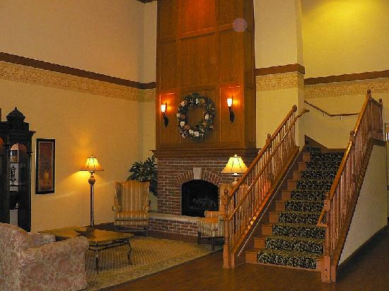 Country Inn & Suites Green Bay East: Hotel Lobby