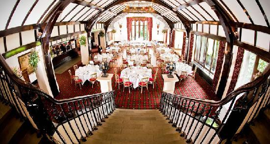 Brig O Doon Hotel: dressed for a wedding