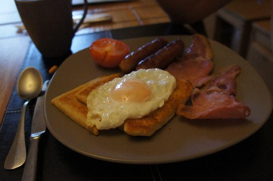 The Keep Guesthouse: breakfast