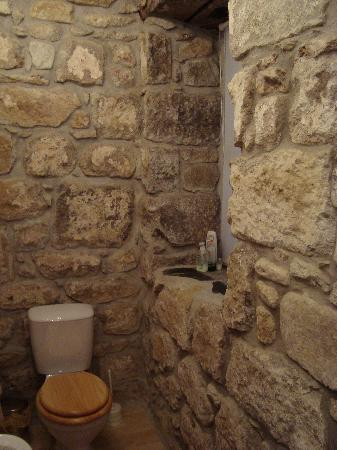 Mill House: bathroom