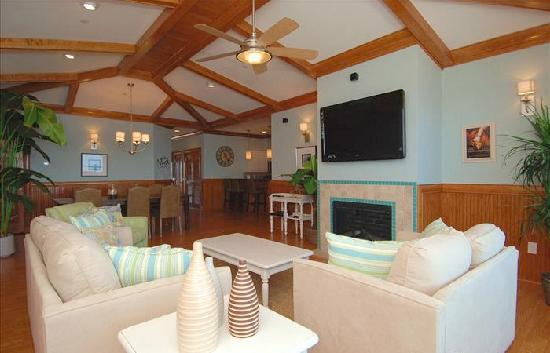 Waves Village Resort: Night's in Rodanthe's Living Area