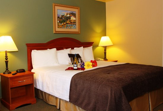 BEST WESTERN PLUS Colony Inn: Rooms &amp; Suites