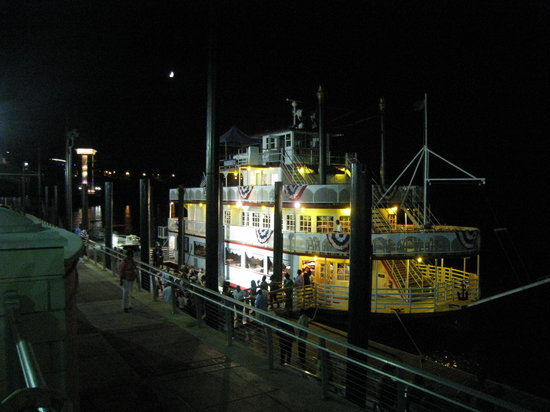 Montgomery, AL : The Harriet II Riverboat 