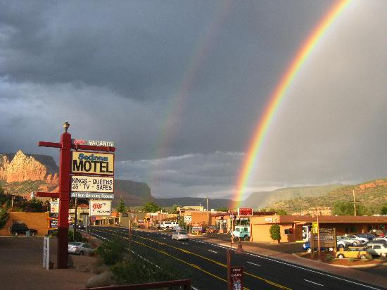Sedona Motel: best rainbow ever