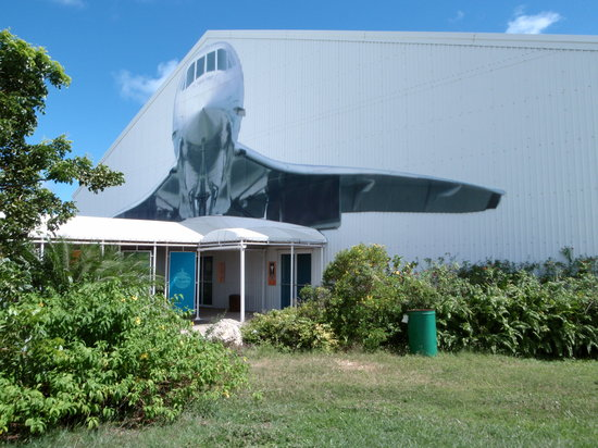 "Christ Church, Barbade : ""Concorde Experience"" hangar"