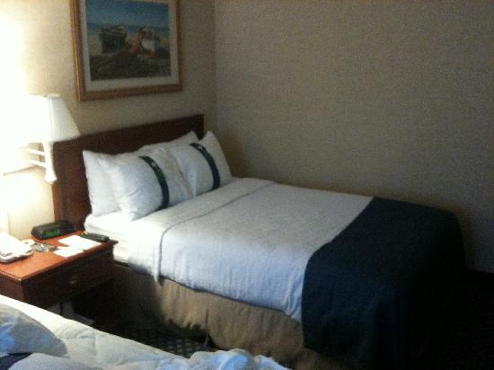 Holiday Inn Cape Cod-Falmouth: Very comfortable beds.