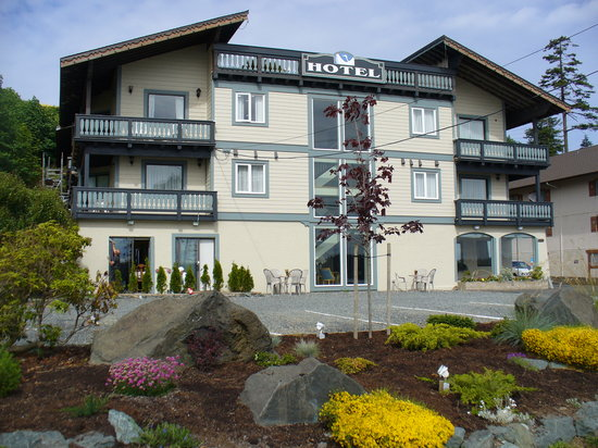 Heron's Landing Hotel