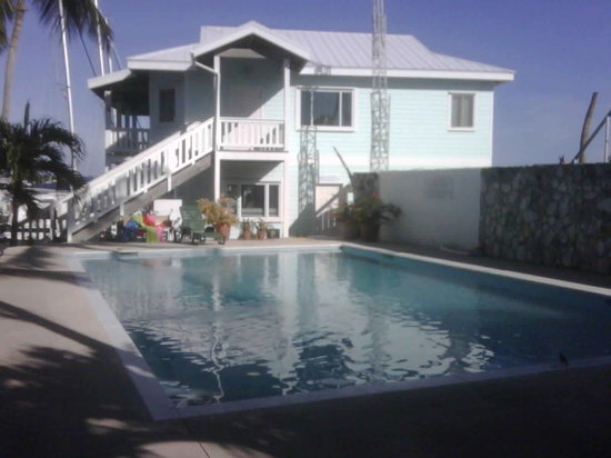 Conch Inn Hotel and Marina: Hotel's pool
