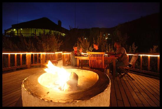 Tsehlanyane National Park, Lesotho: fireplace and sundowners in the open
