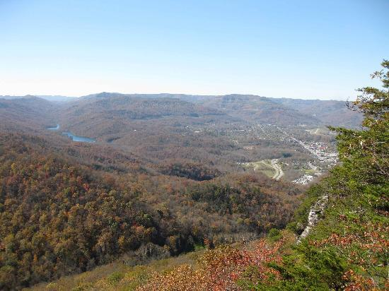 Middlesboro, KY: View from the Pinnacle Overlook