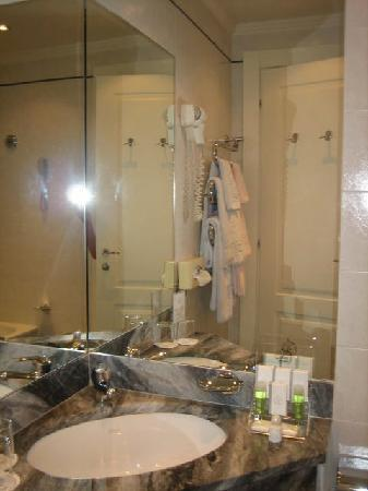 BEST WESTERN Grand Hotel Adriatico: Sink