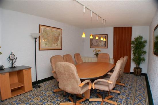 Clarion Inn: Boardroom