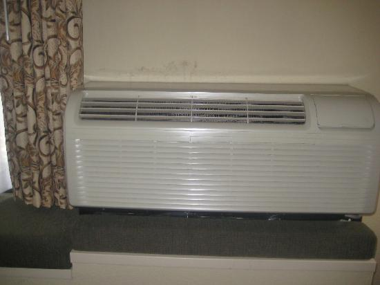 Wall Mounted Heating And Cooling Units : Wall air conditioner carrier through