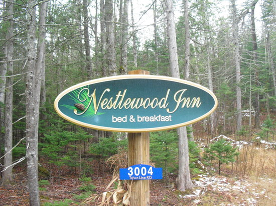 Photo of Nestlewood Inn Carrabassett Valley