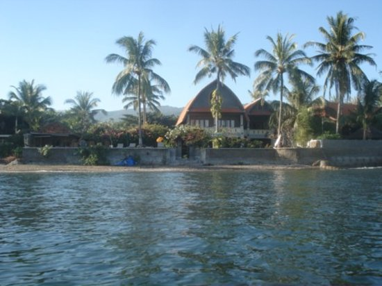 Cleopatra Beach Bungalows: view from ocean