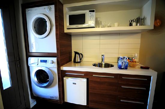 Kitchen laundry combo doors and windows pinterest for Kitchen cabinet washing machine