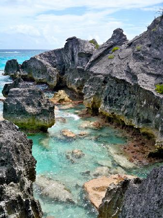 St. George, Bermuda: View from above Jobson&#39;s Cove