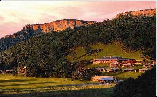 Wolgan Valley Resort at dusk