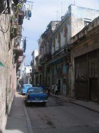 Havana, Cuba: Habana Vieja, C Brasil