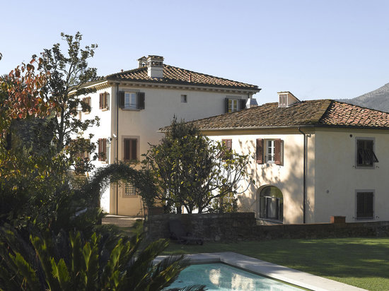 Albergo Villa Marta: View from the swimming pool