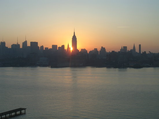 W Hoboken - Sunrise over Manhattan