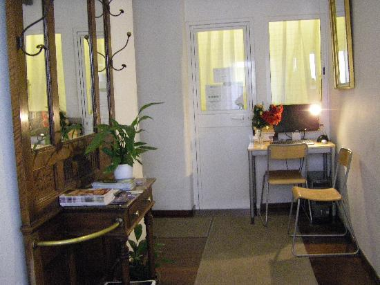 Chueca Pension : ingresso 