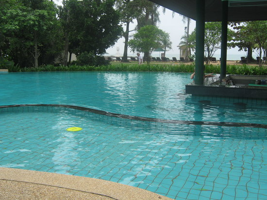 Nangthong Bay Resort