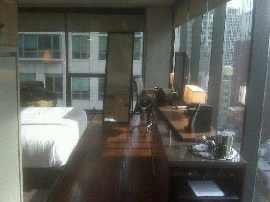 My room picture of dana hotel and spa chicago tripadvisor for Chicago resorts and spas