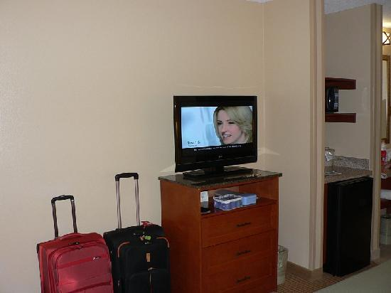 Holiday Inn Express Glenwood Springs: New (but small) flatscreen TV