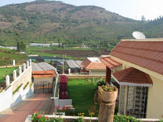 Coonoor, India: View from Bison Country