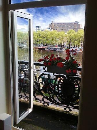 Amstel Riverview: my private balcony with view on the Amstel