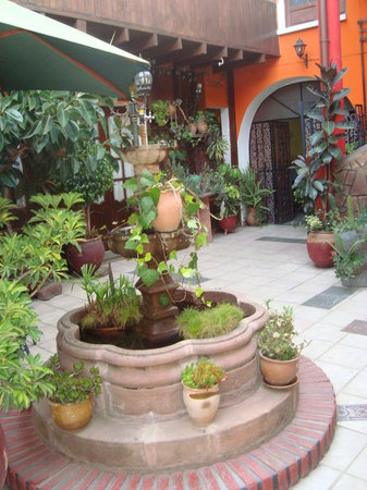 Sucre, Bolivia: Pátio do Hotel