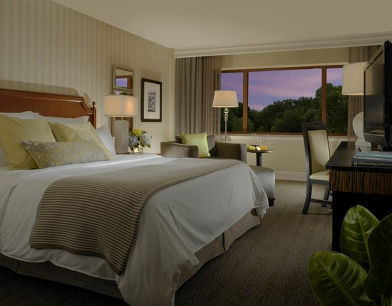 Omni Charlottesville: Newly renovated guest rooms