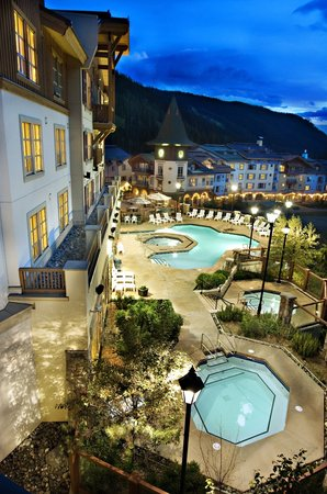 Delta Sun Peaks Resort: Pools & Hot tubs at the Base of the Lifts