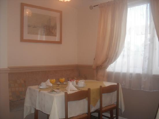 Invernook Hotel: dining room
