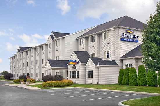 Baymont Inn & Suites Toledo / Perrysburg