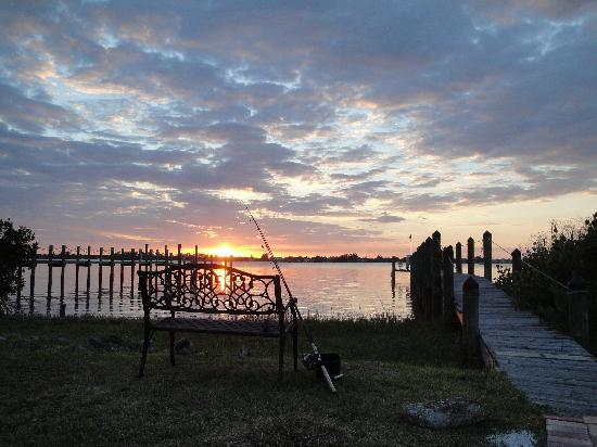 Englewood Lighthouse Resort: time to relax and watch the sunset