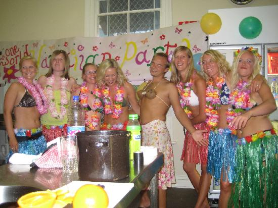 One World Backpackers: Hawaiian Party