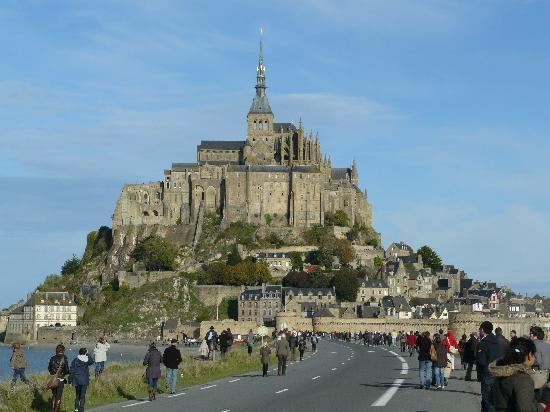 Le mont saint michel picture of mont st michel manche for Au jardin st michel pontorson france