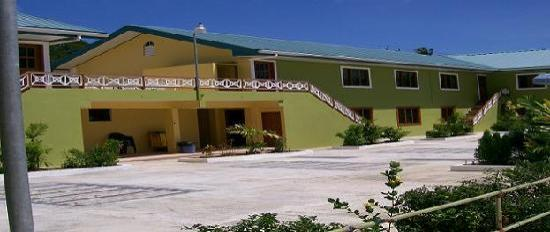 Bon Accord, Tobago: Courtyard Angle