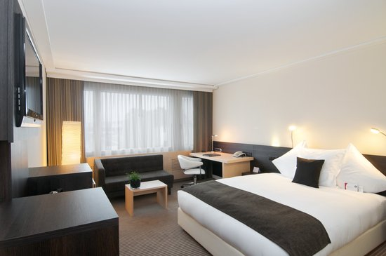 Crowne Plaza Zurich Hotel