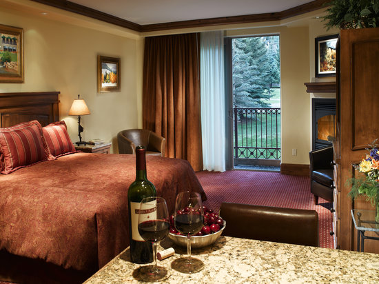 Tivoli Lodge: Mountain View room