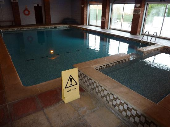 Wight Montrene Hotel: The hotel&#39;s pool