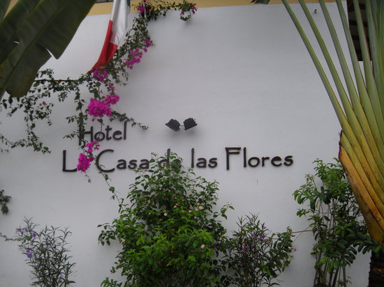 La Casa De las Flores Hotel
