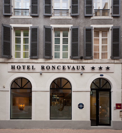 Photo of Hotel Roncevaux Pau