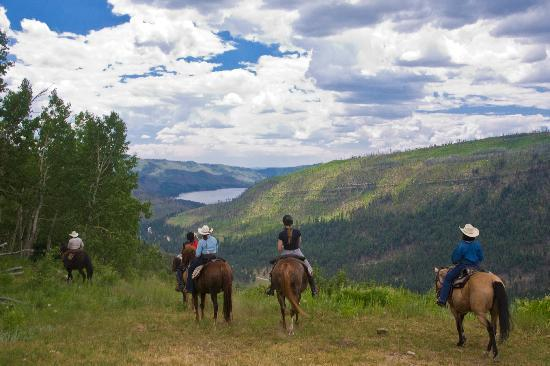 Wilderness Trails Ranch: Amazing scenery